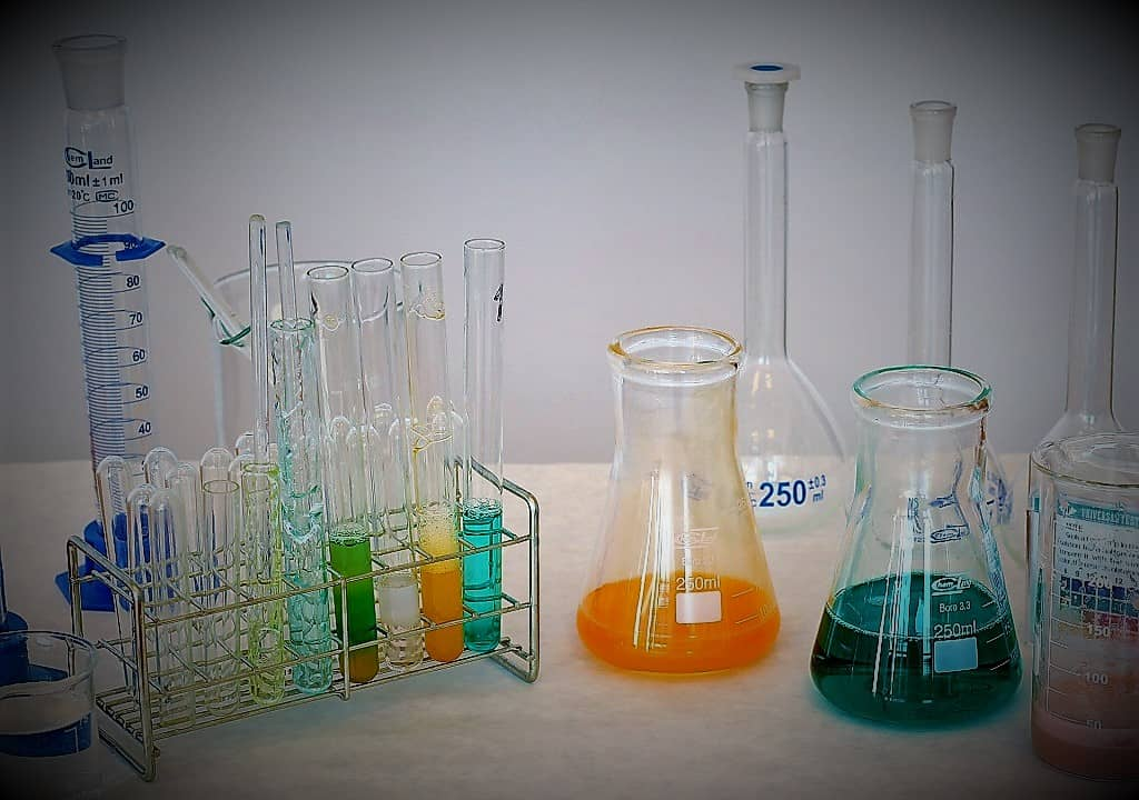 PREPARATION OF NUTRIENT BROTH MEDIUM IN LABORATORY