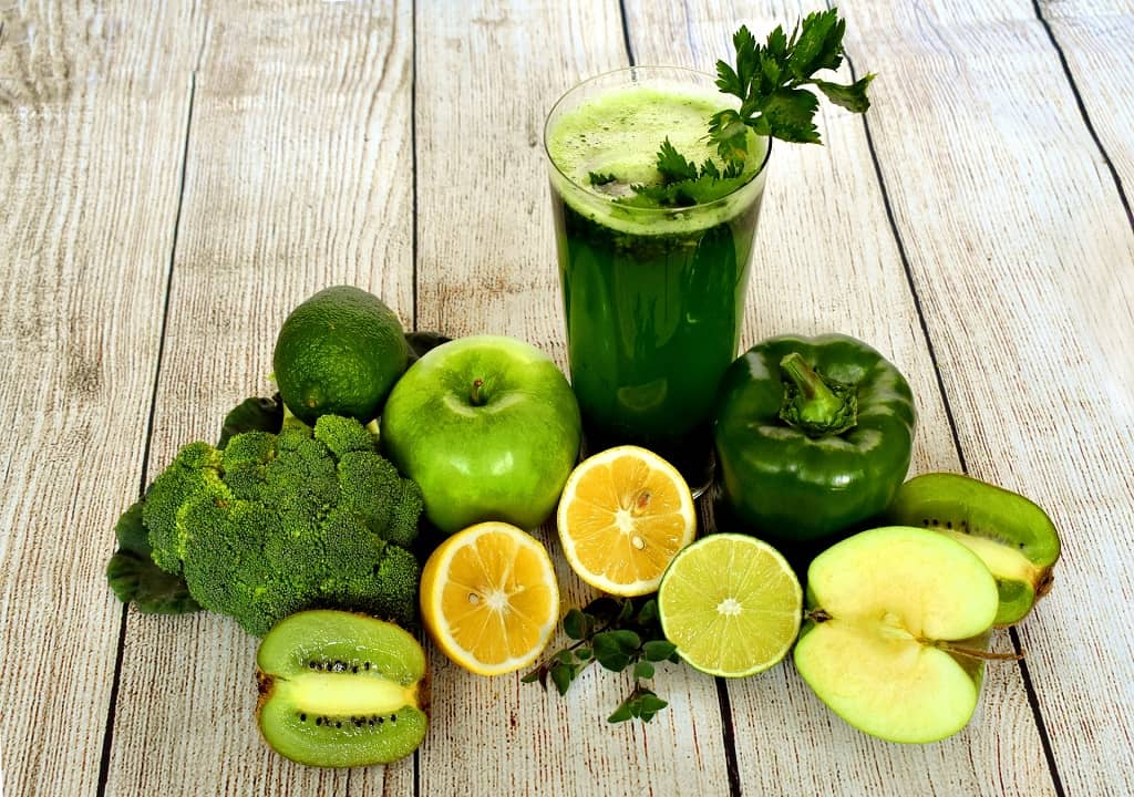 7 Health Benefits Of A Green Smoothie - vegetable benefits - fruits benefits