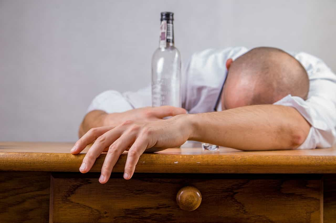 Seven natural way of improving memory - Avoid alcohol